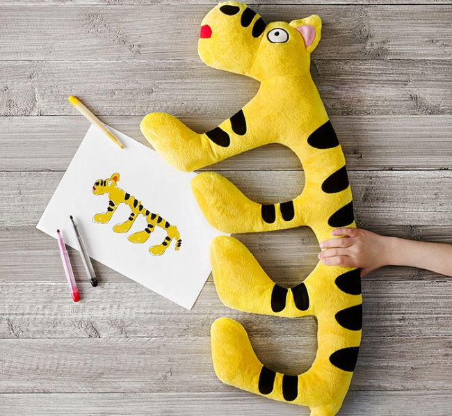 1315255-650-1460655760-kids-drawings-turned-into-plushies-soft-toys-education-ikea-58