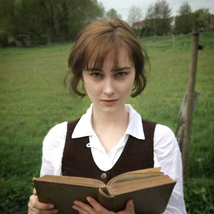 teen-recreates-classic-vintage-retro-look-bewitchedquills-annelies-maria-francine-22-57397699d7d38__700