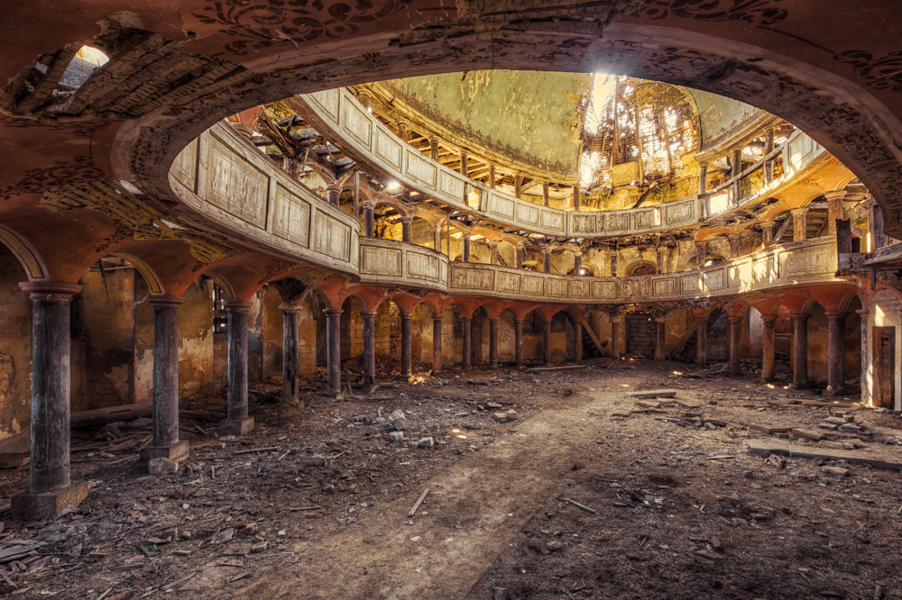 abandoned-rooms-christian-richter-12