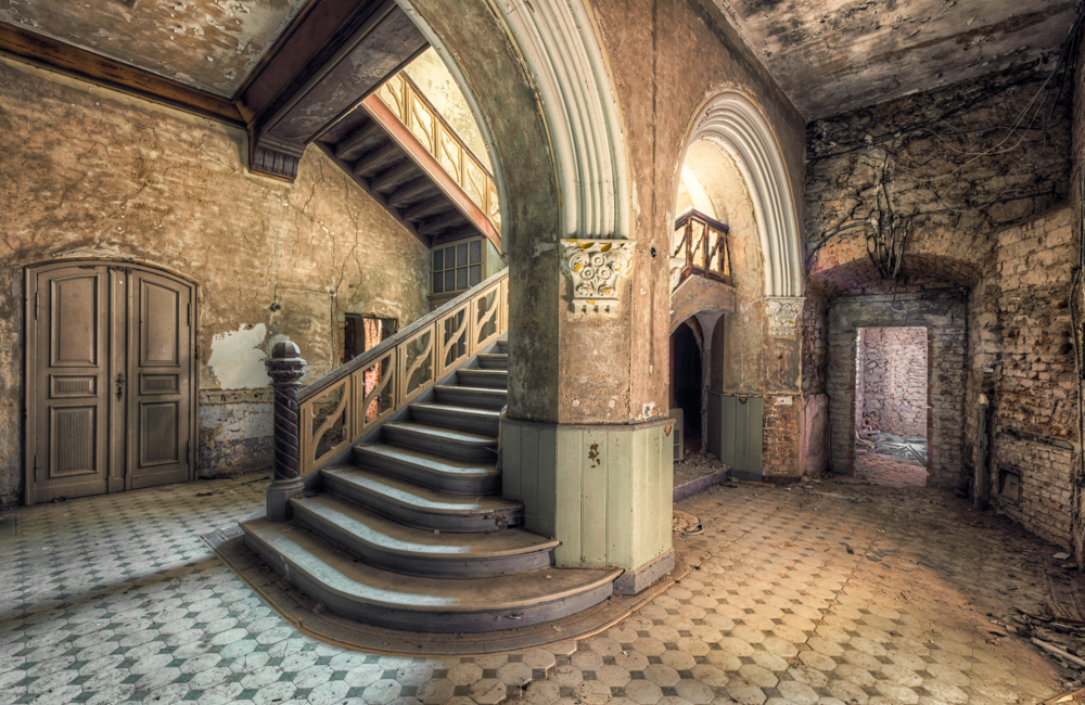 abandoned-rooms-christian-richter-7