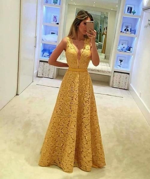 61ac9ec132eb Τι να φορέσεις στην ορκωμοσία  Φορέματα για κάθε στυλ ( +ολόσωμες ...