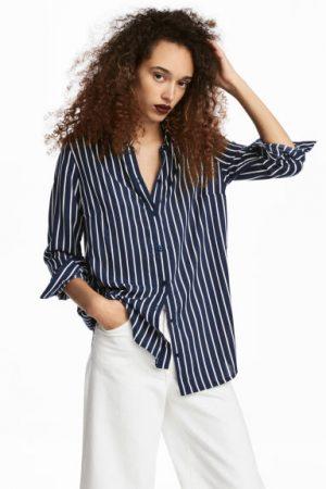 2d2c15a4c7c Αν θέλετε να αποφύγετε τον όγκο που μπορεί να προσθέσει ένα oversized ριγέ  πουκάμισο, τότε μπορείτε να επιλέξετε ένα σε κλασσική γραμμή.