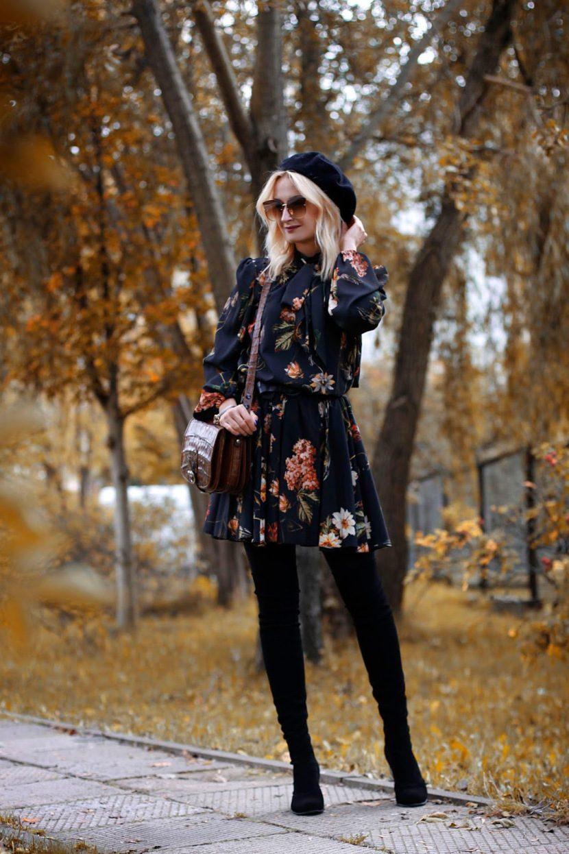 332471faf764 Έχεις ένα μακρυμάνικο φλοράλ φόρεμα που φοράς μόνο άνοιξη ή φθινόπωρο   Μπορείς να το βάλεις και τον χειμώνα με ένα οπάκ καλσόν και ψηλές μπότες  πάνω από το ...