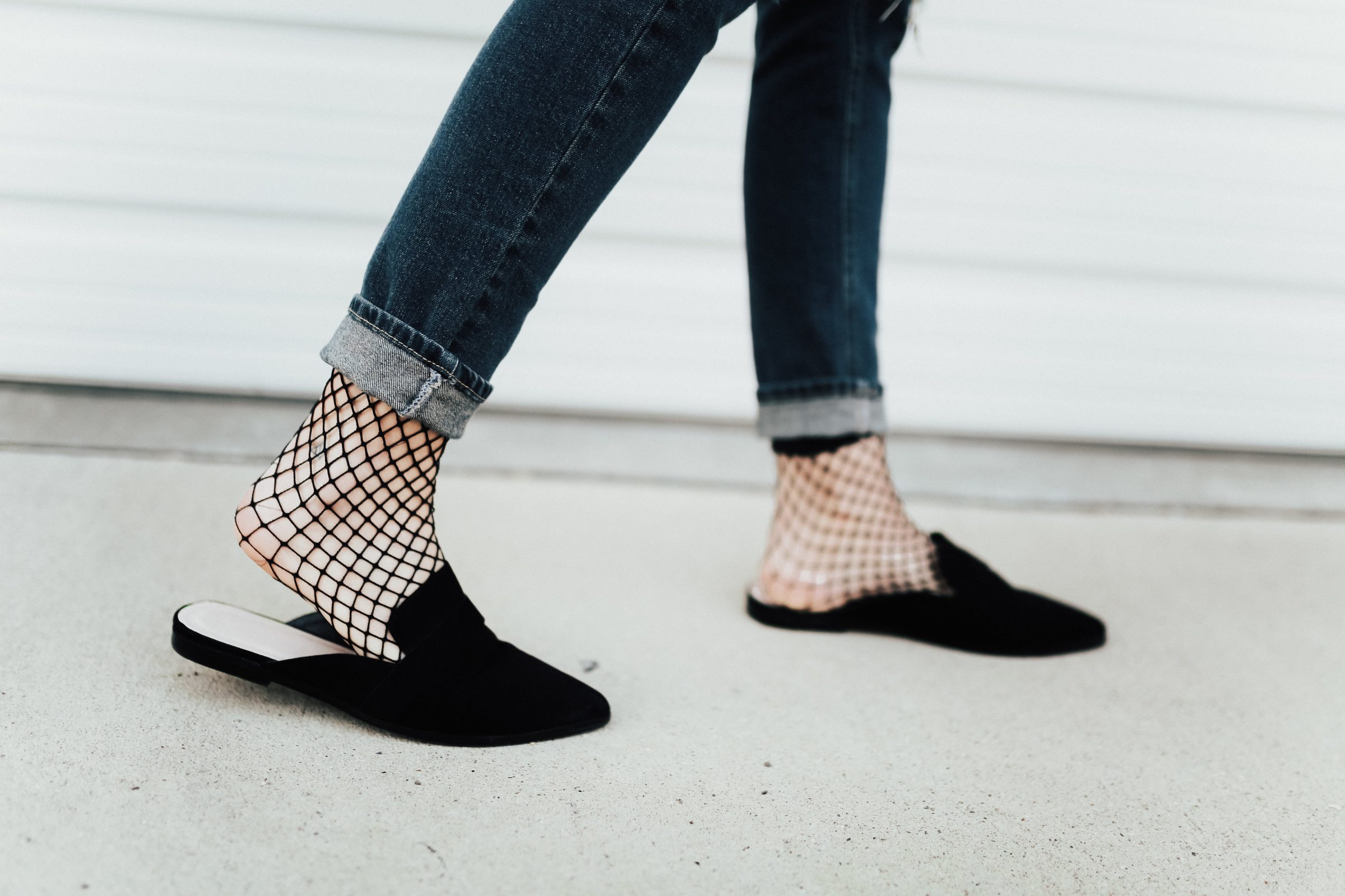 No matter what your preference, our stylish and comfortable women's flats, loafers, mules, and mocs are all designed to offer the arch support you need to stay on your feet through the day. If you demand comfort and the season's hottest trends, our selection of .