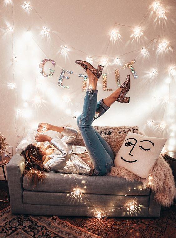5 τρόποι να περάσεις τις γιορτές αν είσαι μόνη! - Eli.gr e407fe5f9fb