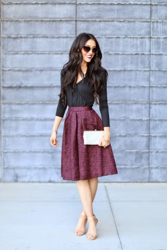 6a1a4e6b10d7 Περισσότερο styling info θα βρεις εδώ  Πως να φορέσεις τις φούστες και τον  χειμώνα!