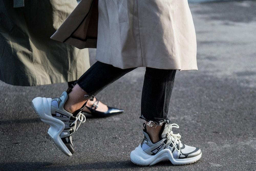 deff3fdb738 Δες τα νέα αθλητικά παπούτσια που φοράνε όλες στο Instagram #dad ...