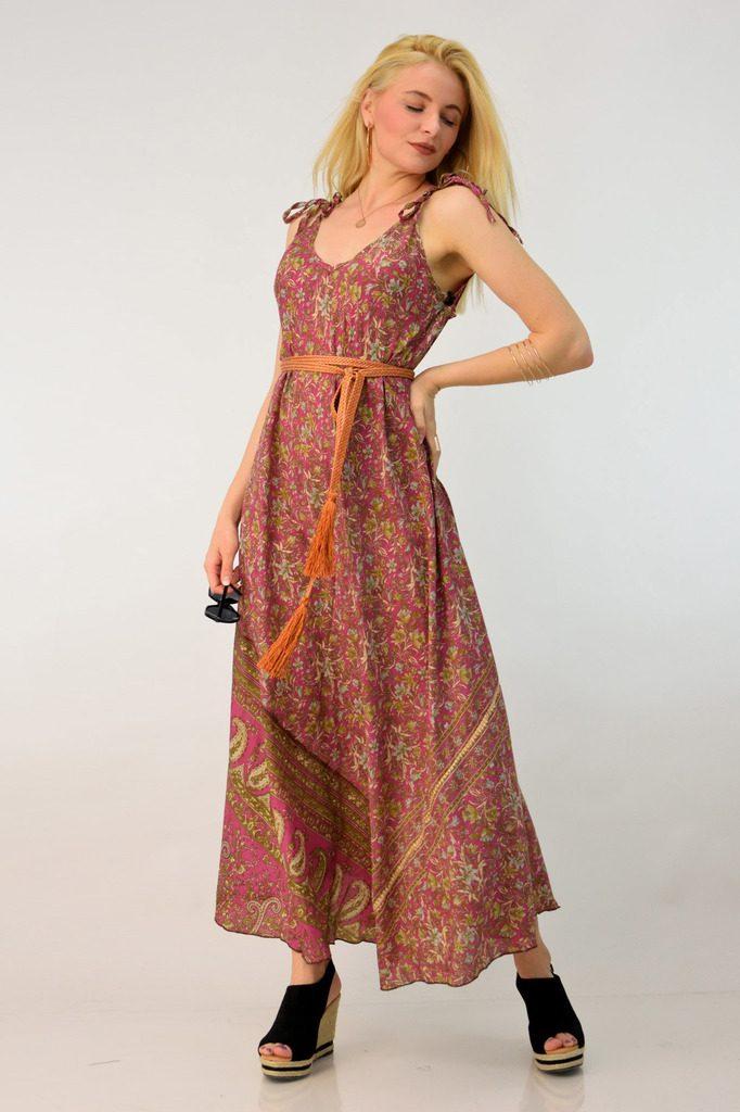 c698f7f98cc5 Κάτι άλλο που πρέπει επίσης να έχεις στο μυαλό σου όταν ψάχνεις μακριά  φορέματα, boho ή και πιο επίσημα σε plus size, είναι να επιλέξεις αυτά που  είναι ...